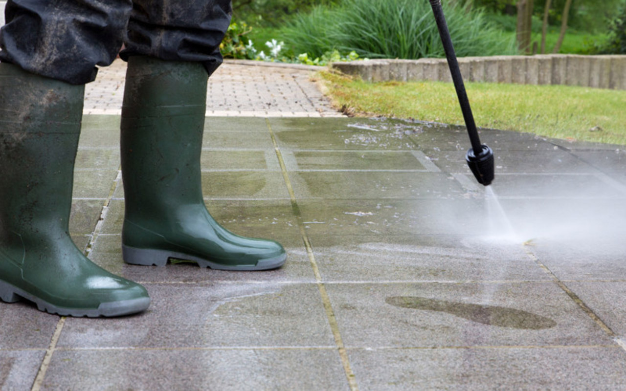 Gardener Belfast - Power Washing Belfast